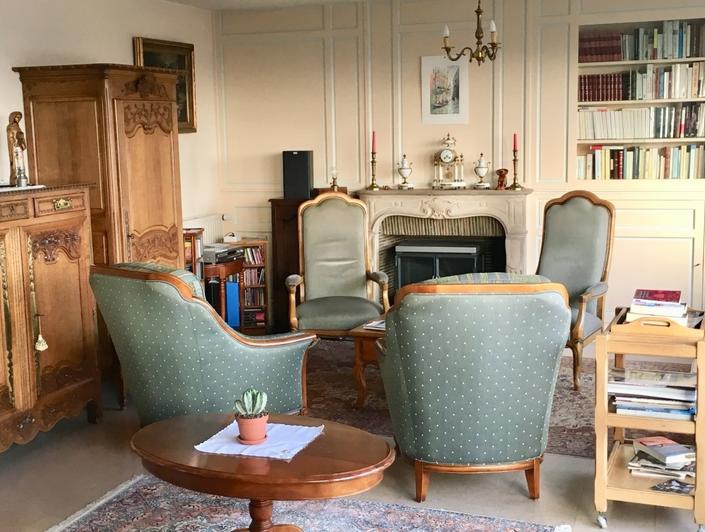 séjour salon avec cheminée balcon