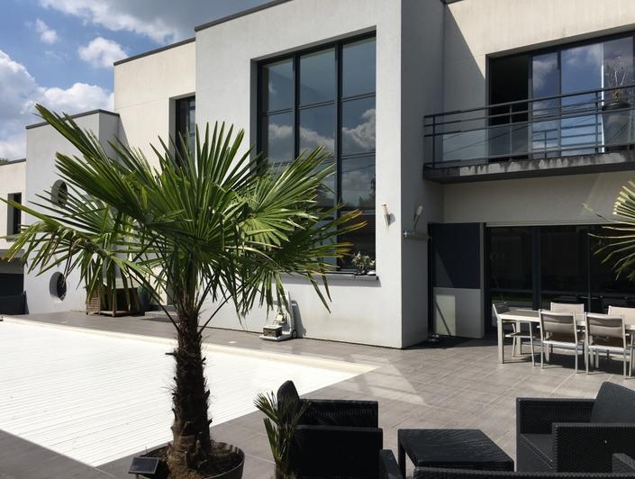 mont saint aignan village maison ancienne avec jardin et double garages plein sud au calme. Black Bedroom Furniture Sets. Home Design Ideas