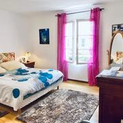 A vendre plateau est , proche de Rouen dans unemaison indépendanteau calme avec un joli jardin paysagé,clos et plat avec garage 2 voitures
