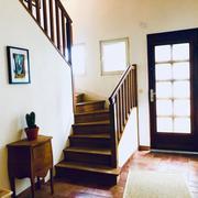 à vendreprox Mont Saint Aignan maison indépendante sur sous sol complet avec garage et jardin clos et terrasse.