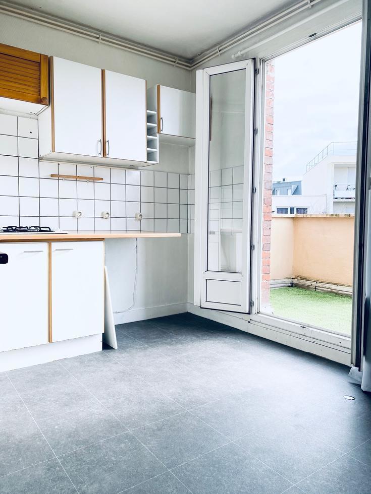 A vendre Rouen saint sever à vendre appartement T1 bis avec cave.