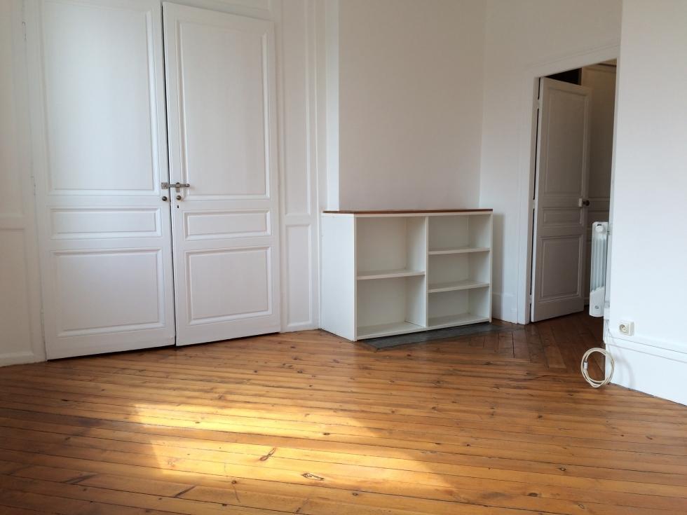 rouen centre appartement ancien f1bis plein sud en parfait etat delaitre immobilier. Black Bedroom Furniture Sets. Home Design Ideas